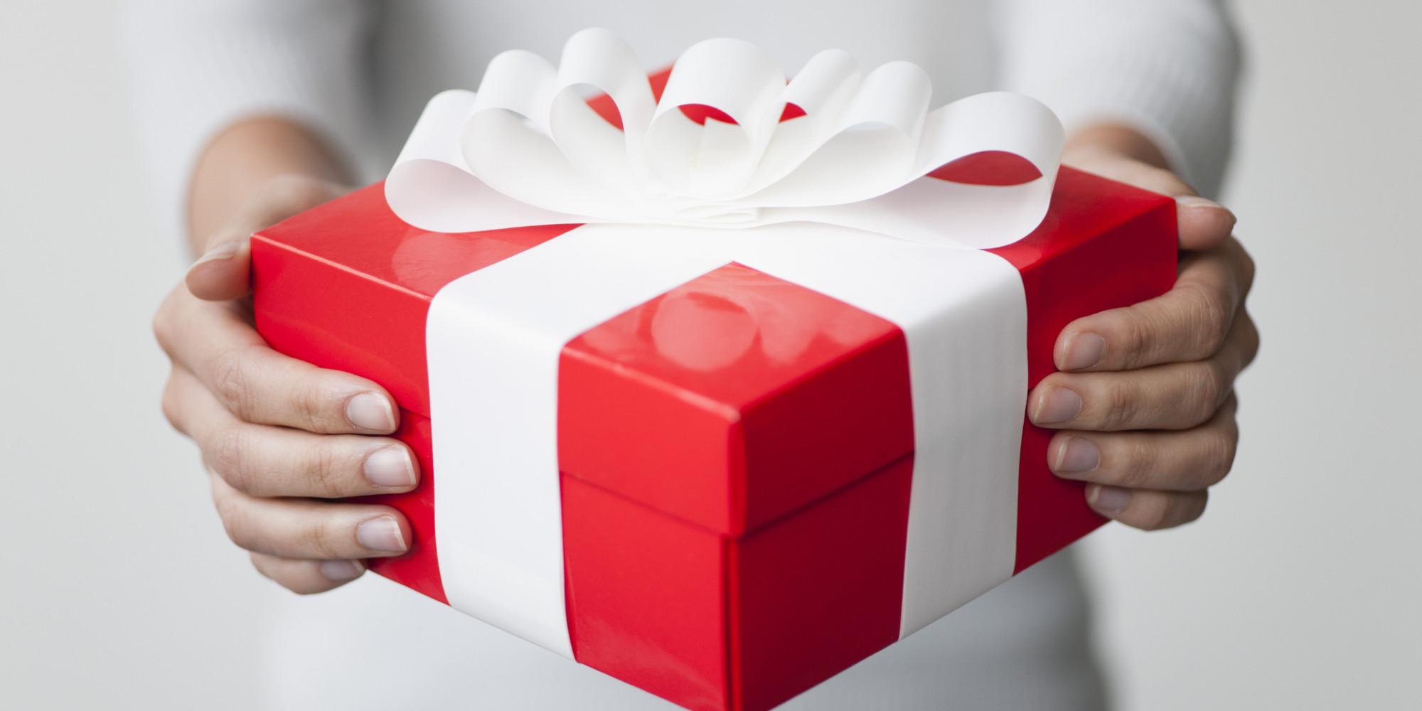 Почему мужчина не дарит подарки? 52