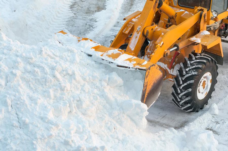 Многофункциональная техника для уборки снега