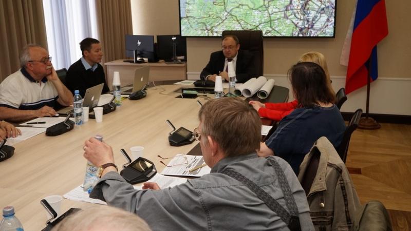 Проект закона Ленобласти об обеспечении радиационной безопасности обсудили за круглым столом в ЗакСе