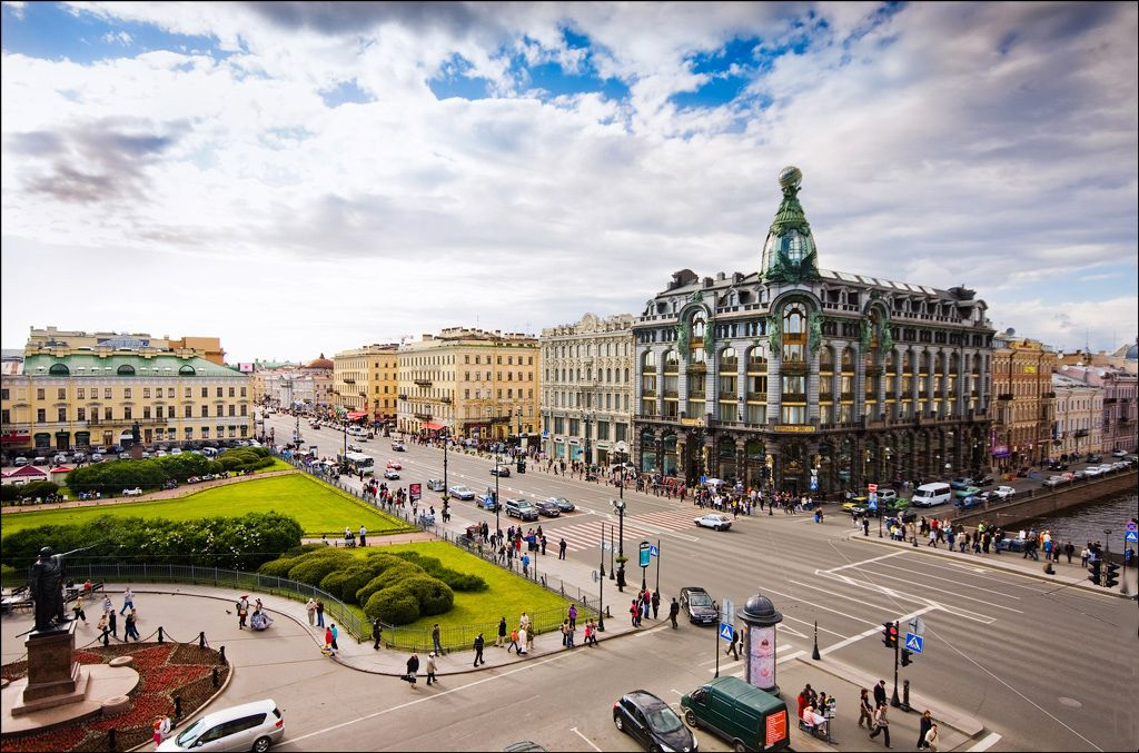 ВПетербурге отпраздновали 300-летие Невского проспекта